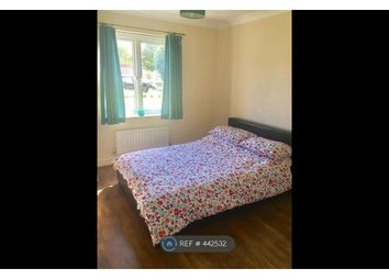 Thumbnail Room to rent in Baskerville Court, London