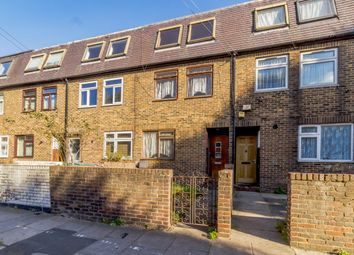 Thumbnail 4 bed town house for sale in Greenfield Road, London, London