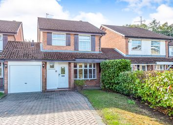 Thumbnail 3 bed link-detached house to rent in Kingsford Close, Woodley, Reading