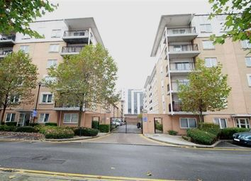 Thumbnail 2 bedroom flat to rent in Sail Court, Newport Avenue, Virgina Quay, Canary Wharf