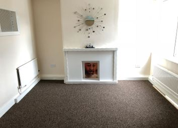 Thumbnail 3 bed flat to rent in Melton Road, Syston, Leicester