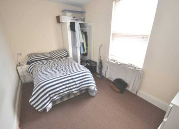 Thumbnail Room to rent in Hamilton Road, Reading, Berkshire