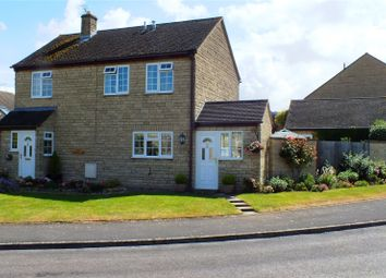 Thumbnail 4 bed detached house for sale in Averill Close, Broadway, Worcestershire