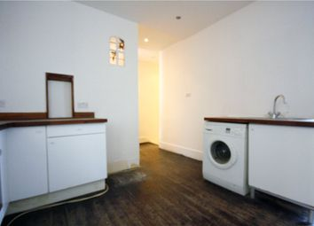 Thumbnail 2 bed flat to rent in Broxholm Road, London