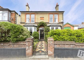 Thumbnail 4 bedroom detached house for sale in Darnley Road, Gravesend, Kent