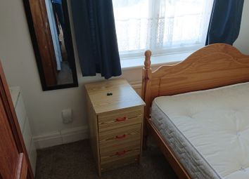 Thumbnail 1 bedroom flat to rent in Erleigh Court Gardens, Earley, Reading