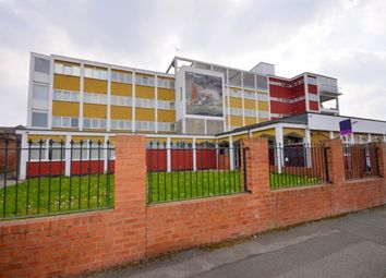 Thumbnail 2 bedroom flat to rent in Hope Street, Grimsby