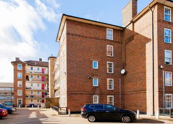 Thumbnail 4 bed flat for sale in Hollybush Gardens, London
