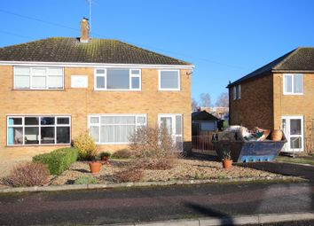 Thumbnail 3 bedroom property to rent in Palmers, Wantage