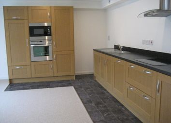 Thumbnail 2 bedroom flat to rent in Oldham Road, Ripponden