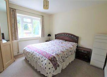 Thumbnail Room to rent in Felstead Avenue, Ilford, Clayhall, Barkingside