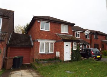 Thumbnail 3 bedroom detached house for sale in Harveys Hill, Luton, Bedfordshire
