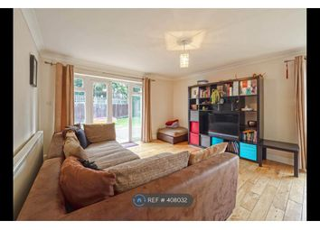 Thumbnail 3 bed bungalow to rent in Market Place, London