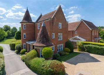 Hazel Grove, Kingwood, Henley-On-Thames, Oxfordshire RG9. 4 bed detached house