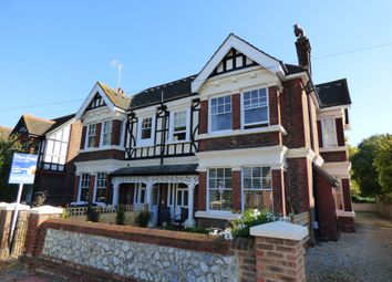 2 bed flat to rent in Shakespeare Road, Worthing BN11