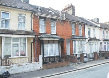 Thumbnail 2 bedroom flat for sale in Meadow Bank Road, Chatham