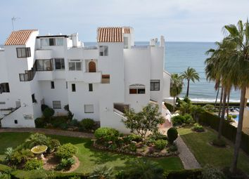 Thumbnail 2 bed apartment for sale in Urb. Pintores, Estepona, Málaga, Andalusia, Spain