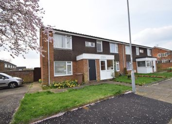 Thumbnail 1 bedroom maisonette for sale in Cowdray Close, Luton