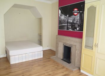 Thumbnail Room to rent in Beaconsfield Road, Friern Barnet, London