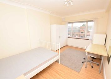 Room to rent in Hendon Way, Hendon, London NW4