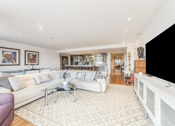 Thumbnail 4 bed flat to rent in Shad Thames, London