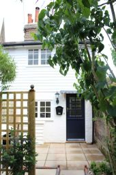 Thumbnail 1 bed terraced house to rent in The Chine, High Street, Dorking