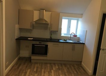 Thumbnail 2 bed flat to rent in Farnley Rd, London