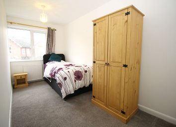 Thumbnail Room to rent in Moat Road, East Grinstead, West Sussex.