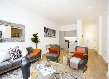 Weyside Park, Catteshall Lane, Godalming, Surrey GU7. 1 bed flat for sale