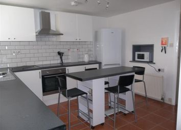 Thumbnail 5 bed property to rent in Rosalind Close, Colchester