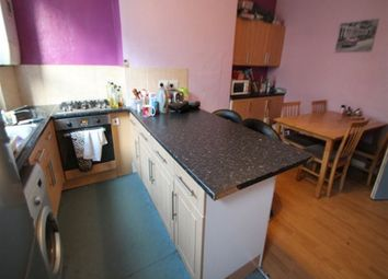 Thumbnail 5 bedroom terraced house to rent in Burchett Place, Woodhouse, Leeds