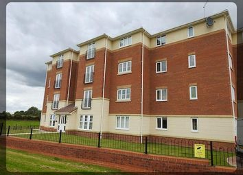Thumbnail 2 bedroom flat to rent in 44 Dovestone Way, Kingswood, Hull
