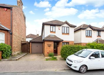 Thumbnail 3 bed detached house to rent in Coleswood Road, Harpenden, Hertfordshire