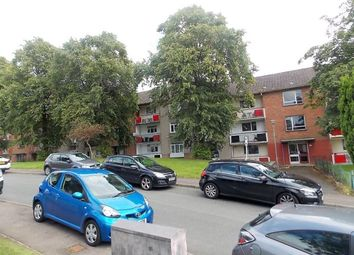 Thumbnail 3 bed flat to rent in Cairnhill Circus, Glasgow