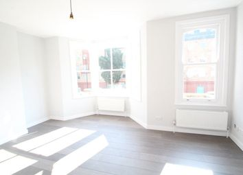 Thumbnail 4 bed maisonette to rent in Parkhurst Road, Islington