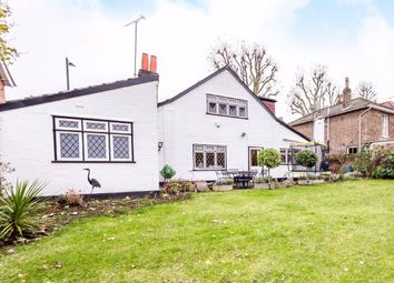 4 bed property for sale in Church Street, Hampton TW12