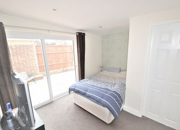 Thumbnail Room to rent in Bargeman Road, Maidenhead