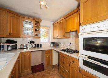 Thumbnail 3 bedroom terraced house for sale in Newbury, Berkshire