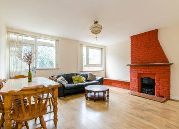 Thumbnail 3 bed property to rent in Knapp Road, Bow
