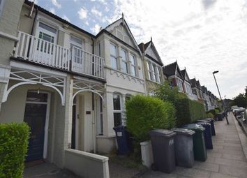 Thumbnail 2 bed flat to rent in Squires Lane, Finchley, London