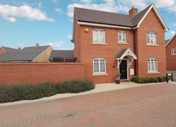 Thumbnail 3 bed detached house for sale in Key Croft, New Cardington
