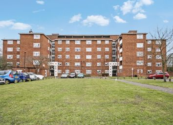 2 bed flat to rent in Grange Court, Old Ruislip Road, Northolt UB5