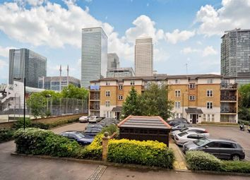 Thumbnail Room to rent in Stoneyard Lane, Canary Wharf