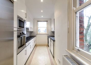 Thumbnail 2 bed flat to rent in Lindfield Gardens, Hampstead
