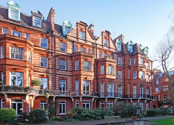 Thumbnail 1 bedroom flat to rent in Sloane Gardens, Chelsea