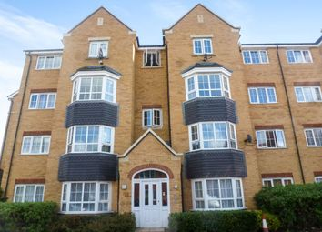 2 bed flat for sale in Henley Road, Bedford MK40