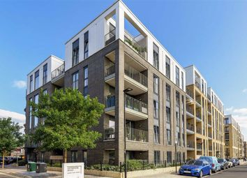 Offenham Road, London SW9. 1 bed flat