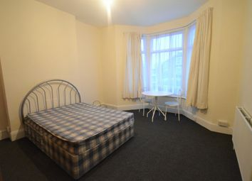 Thumbnail 1 bed flat to rent in Avignon Road, London