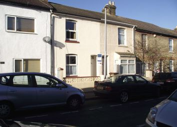 2 bed terraced house to rent in East Street, Gillingham ME7