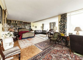 Thumbnail 3 bed flat for sale in Princes Way, London